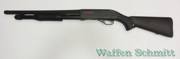 Winchester SXP Defender High Capacity 12/76 46cm Cyl